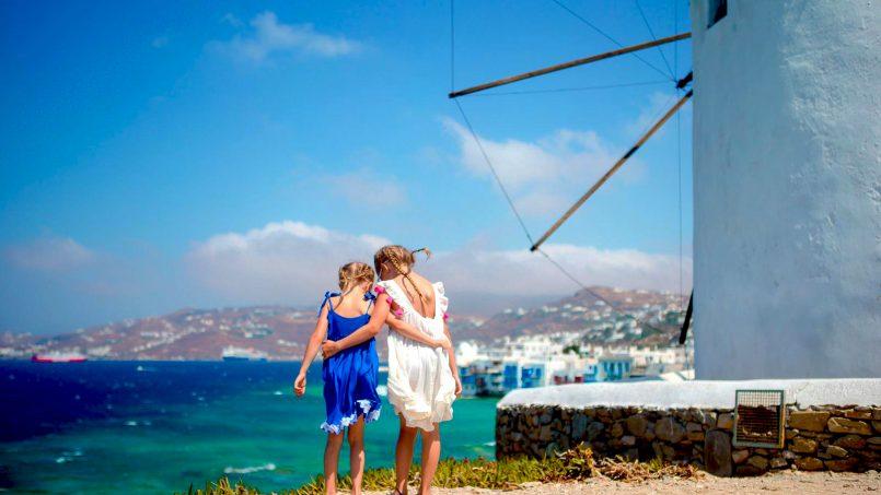 Греция откроет курортный сезон уже в середине июня!